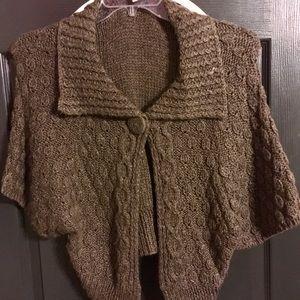 Sweaters - BROWN SWEATER